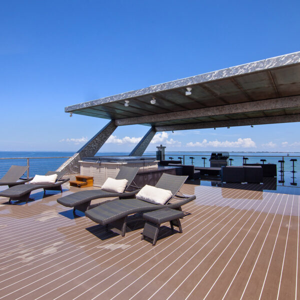 VIP Business Yachts